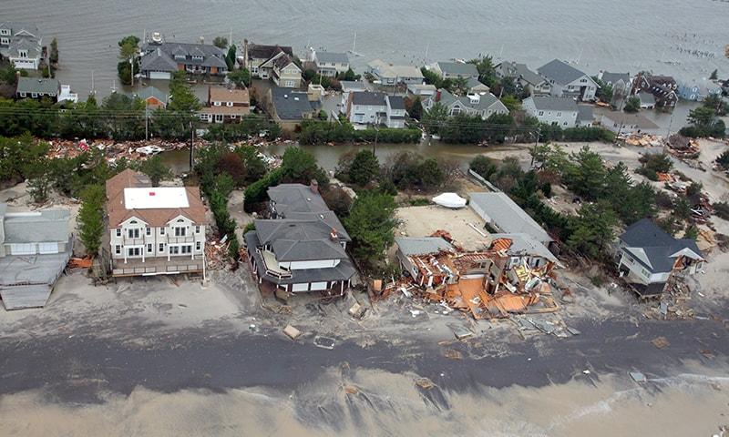 Superstorm Sandy © Master Sgt. Mark C. Olsen - Wikipedia